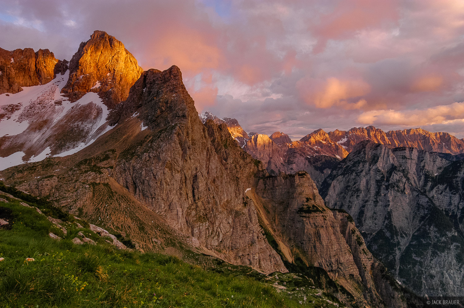 Pihavec Alpenglow Julian Alps Slovenia Mountain