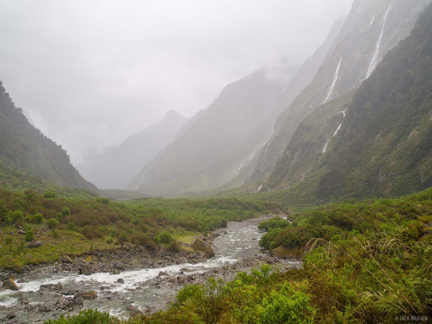 Milford Track,New Zealand, Clinton River, photo