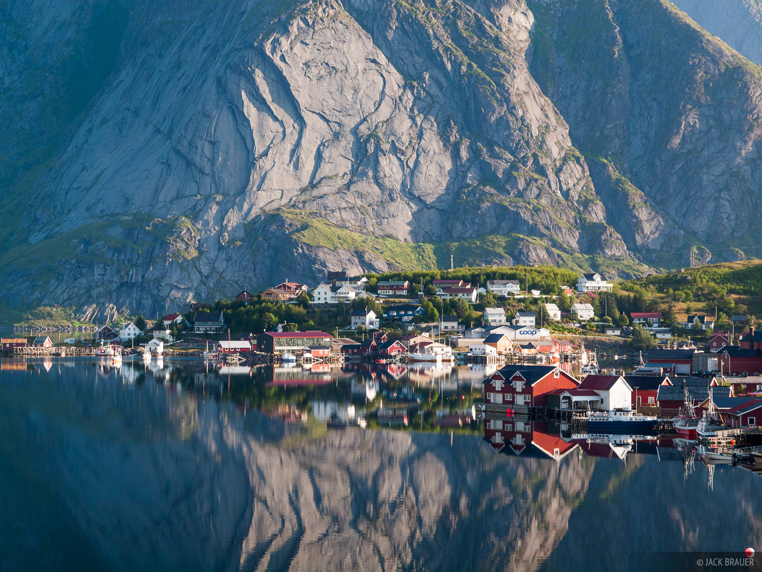 Reine, Moskenesøya, Lofoten, Norway, photo