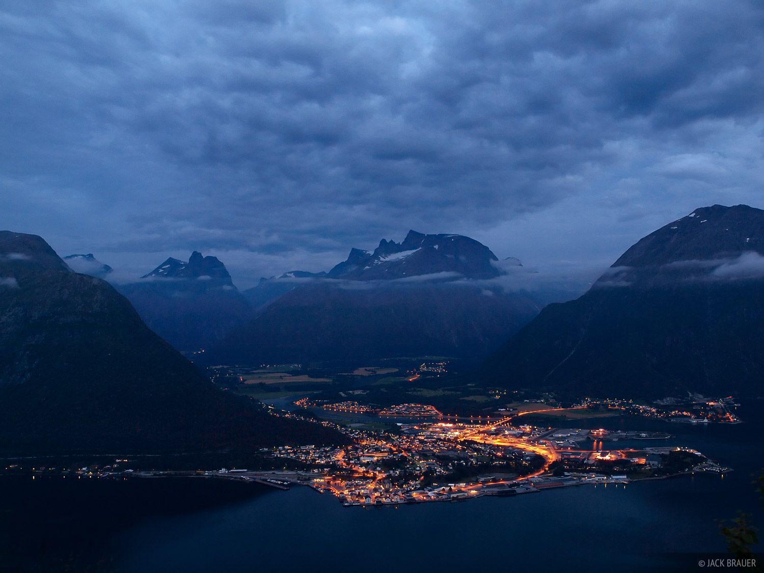 Andalsnes, Norway, Romsdalen, night, photo