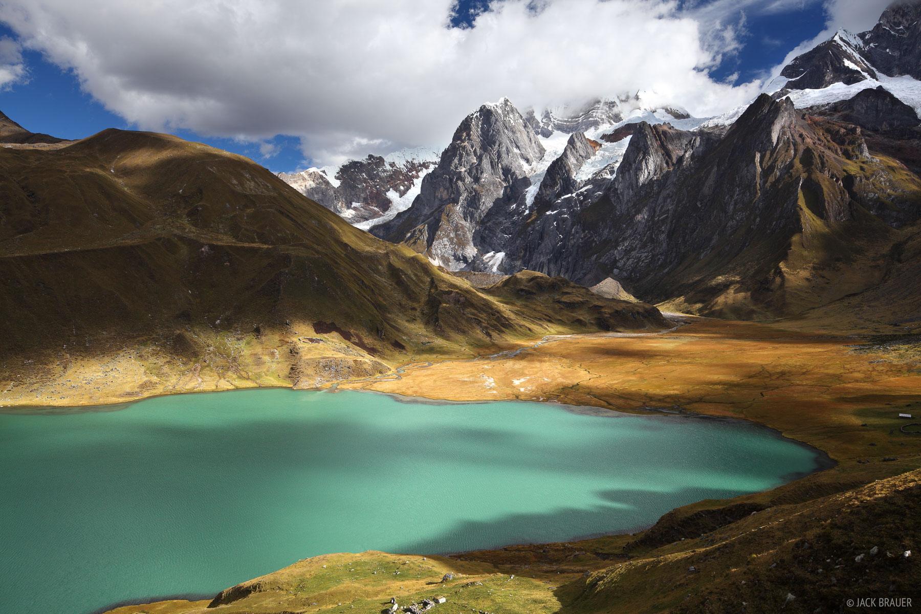 Cordillera Huayhuash, Peru, Laguna Carhuacocha, photo