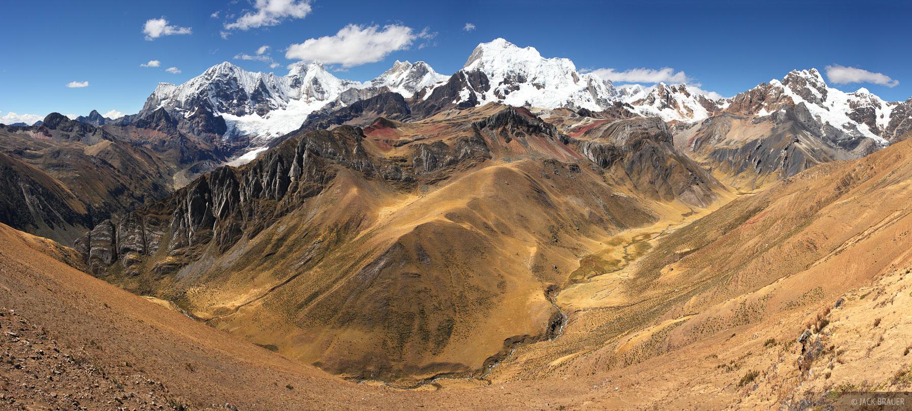 Yerupaja, panorama, Cordillera Huayhuash, Peru, Jirishanca