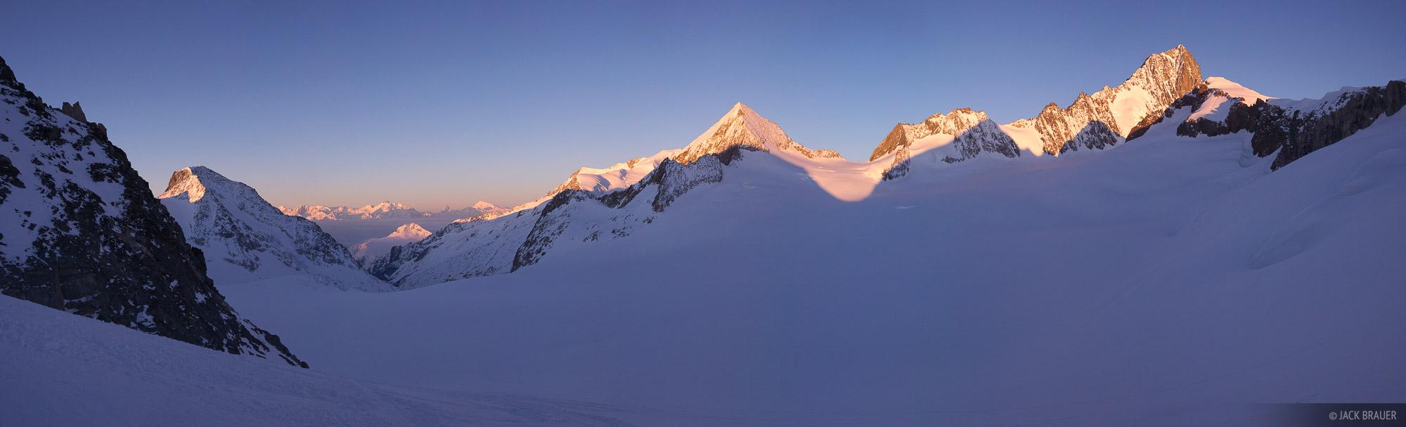 Bernese Oberland,Europe,Switzerland, Matterhorn, panorama, photo