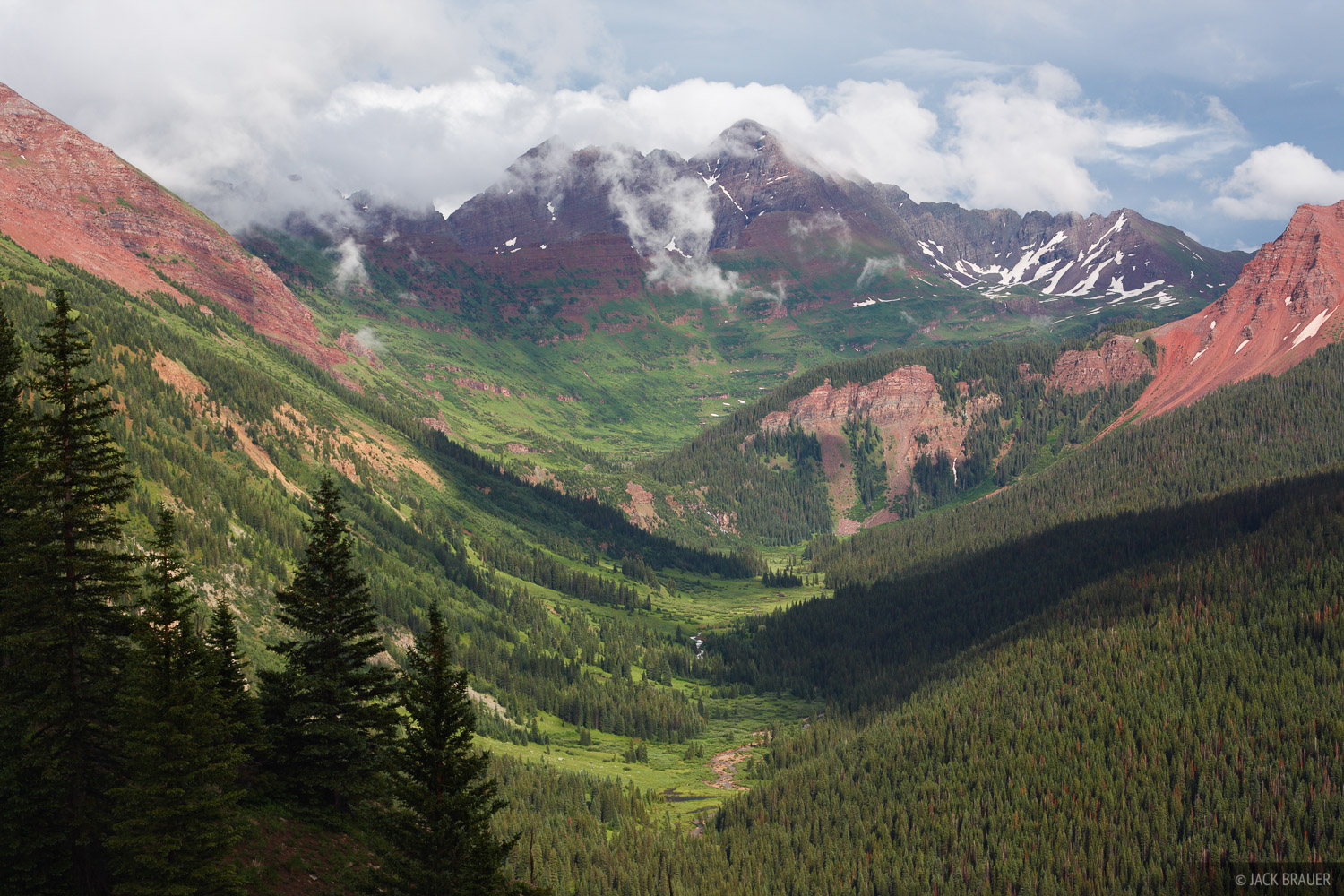 Maroon Bells, Elk Mountains, Colorado, Fravert Basin, Maroon Bells-Snowmass Wilderness, photo