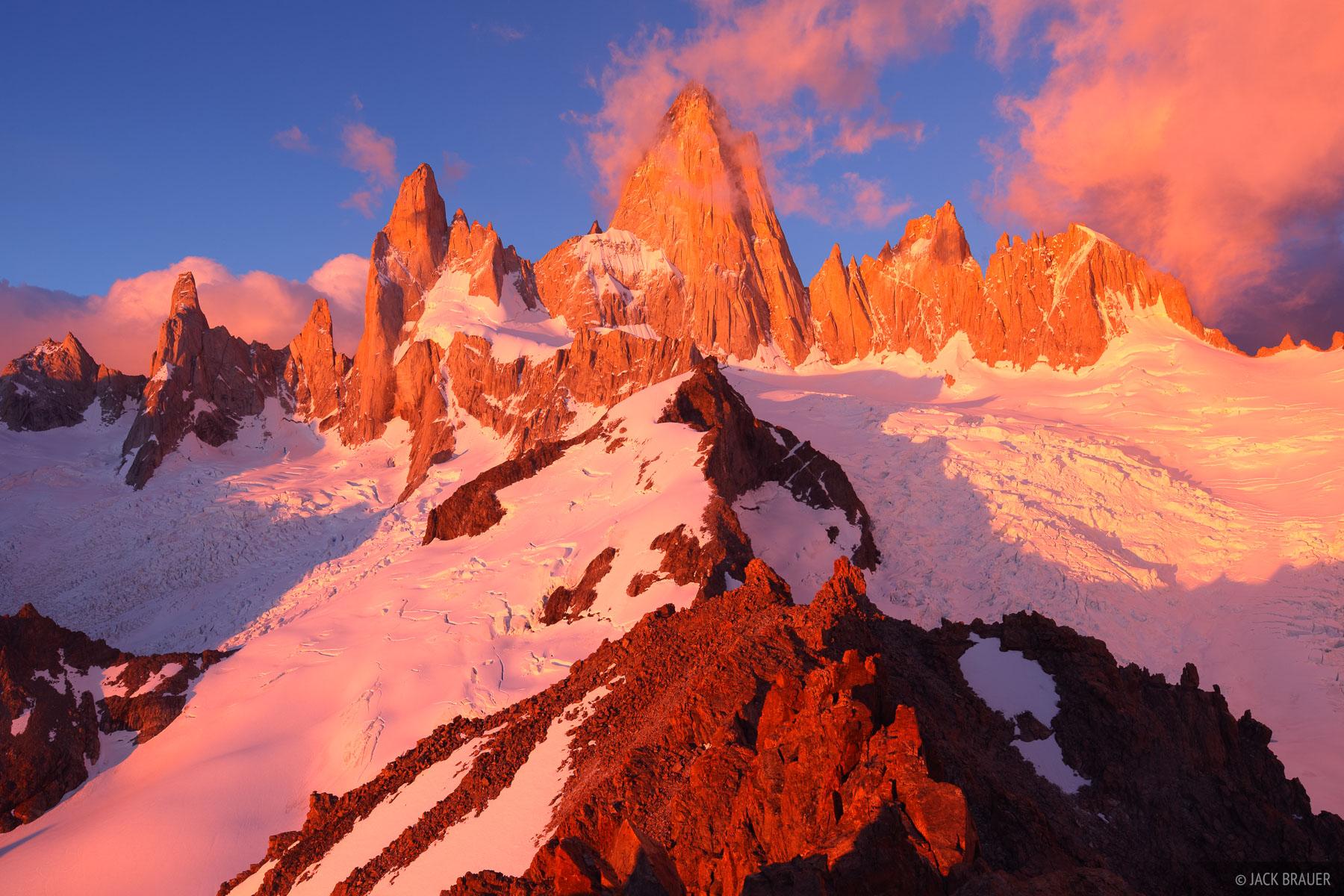 Fitz Roy, Chaltén, Patagonia, Argentina, Parque Nacional Los Glaciares, panorama, photo