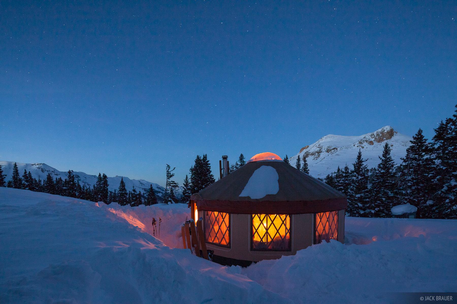 Colorado, San Juan Mountains, stars, yurt, photo