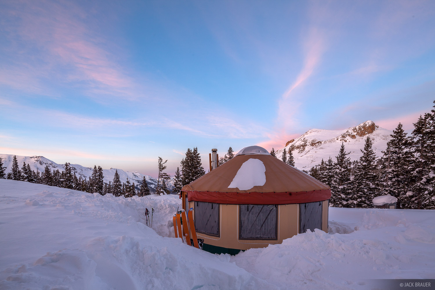 Colorado, San Juan Mountains, yurt, photo