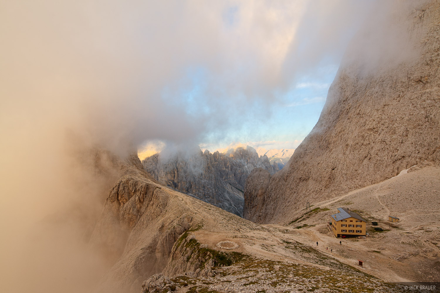 Rifugio Re Alberto, Dolomites, Italy, photo
