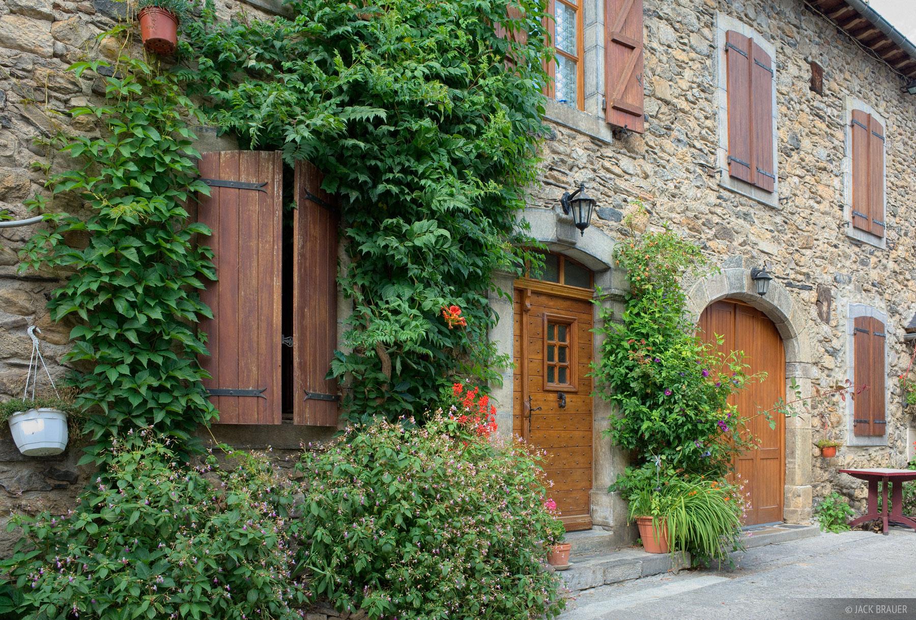 Lescun, Pyrenees, France, photo
