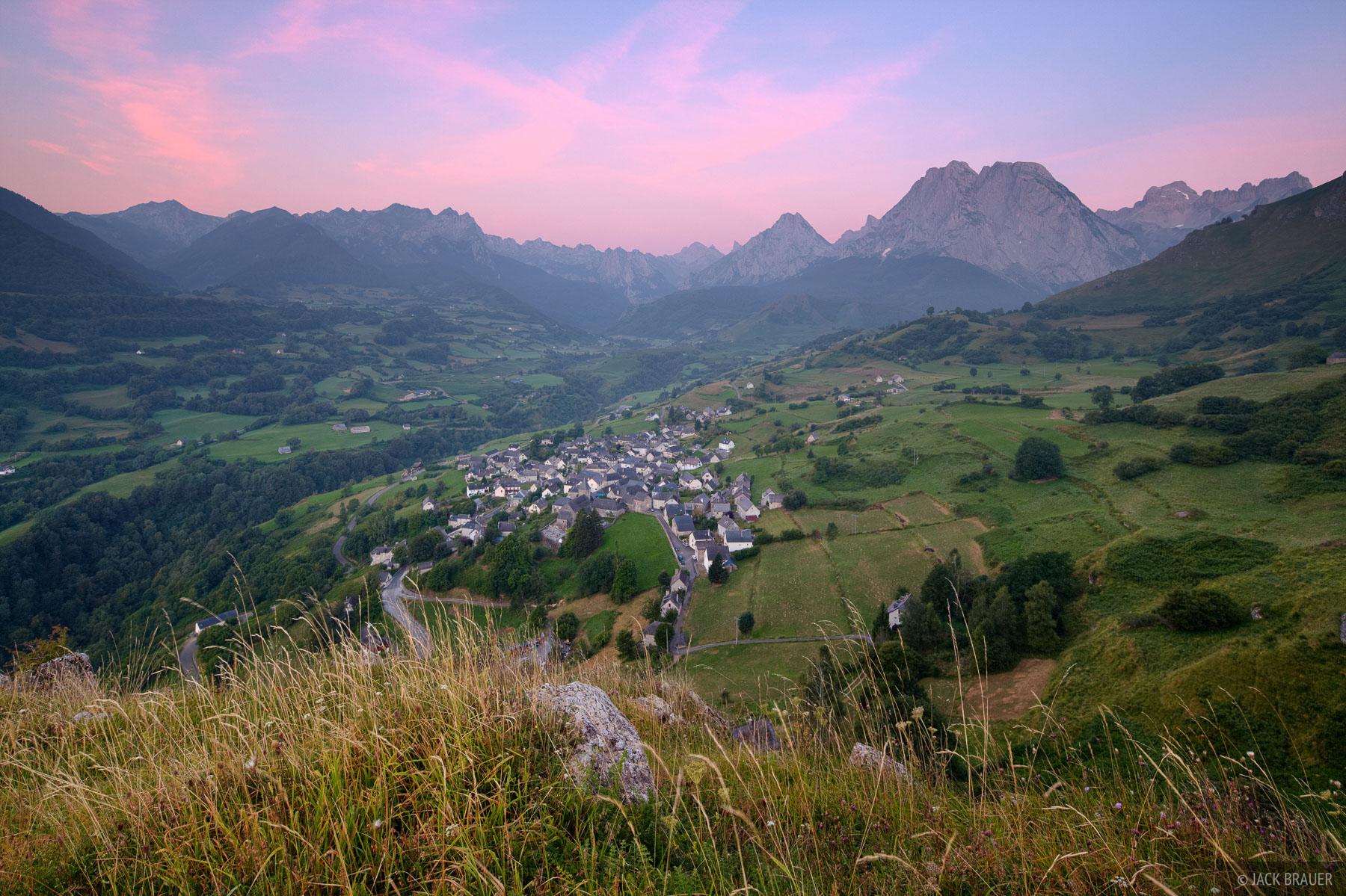 Lescun, France, Pyrenees, sunrise, town, photo