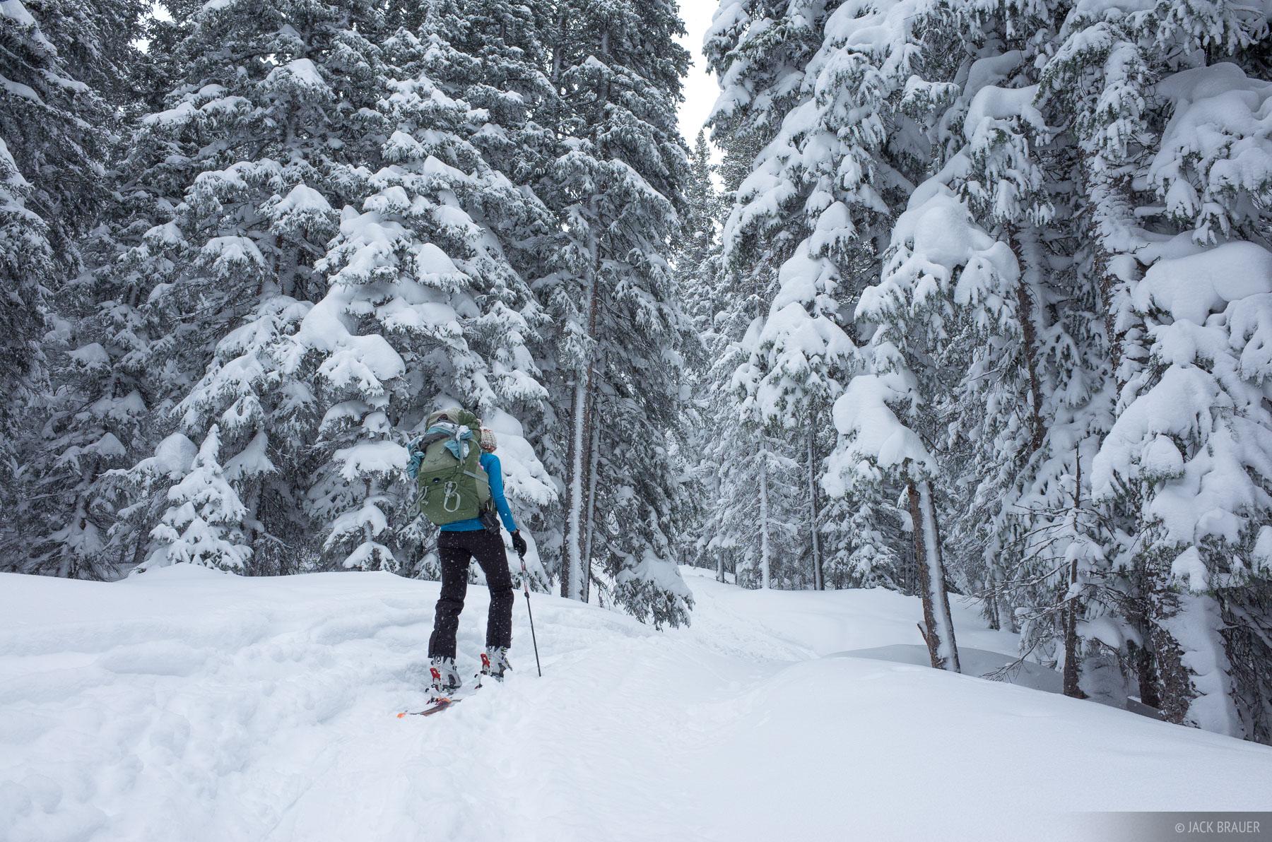 Colorado, Fowler Hilliard Hut, Gore Range, January, skiing, photo