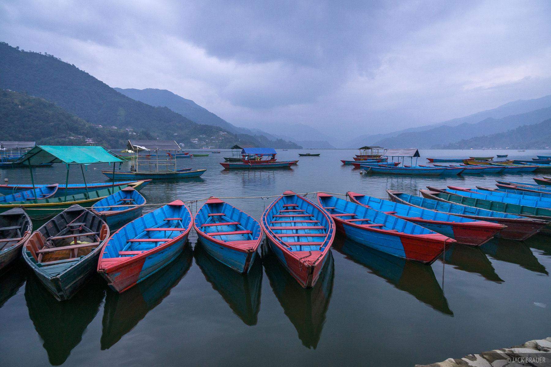 Nepal,Pokhara, Himalaya, Canoes, Phewa Tal, photo
