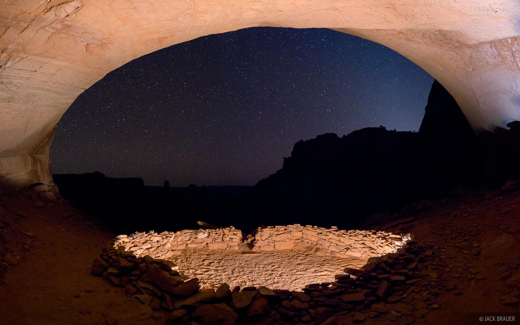 Canyonlands National Park,False Kiva,Utah, photo