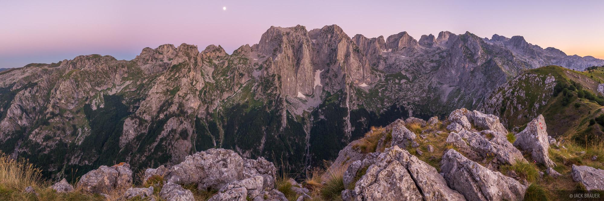 Grebaje Valley,Karanfili,Montenegro,Prokletije, panorama