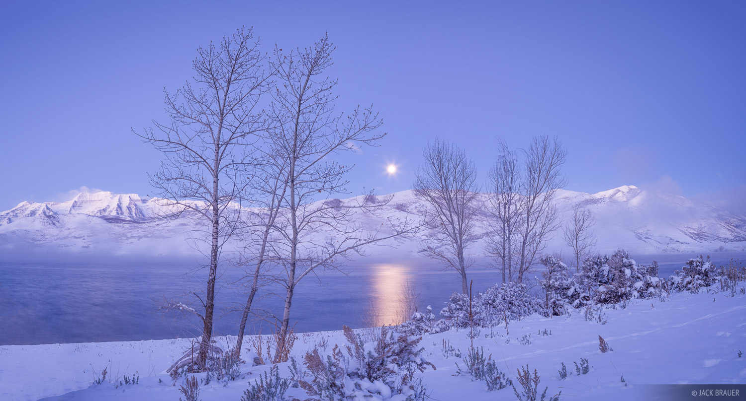 Timpanogos, Utah, Wasatch Range, moonset, Deer Creek Reservoir, December, winter