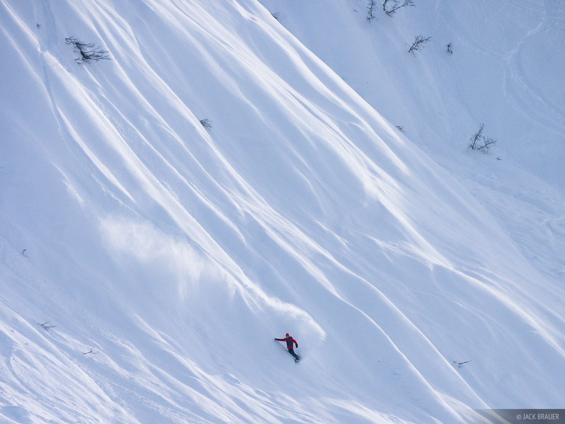 Snowboarder: Mikel Goicoechea.