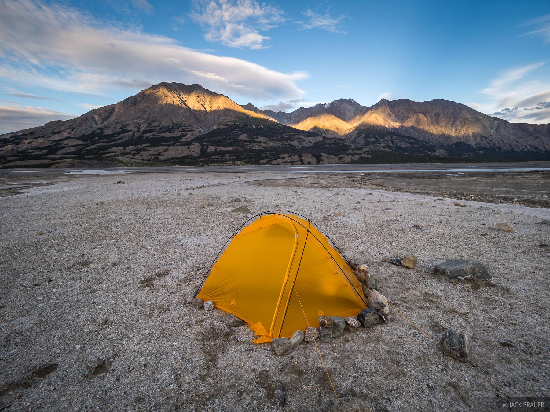 Canada, Kluane National Park, Slims River, Yukon, tent, photo