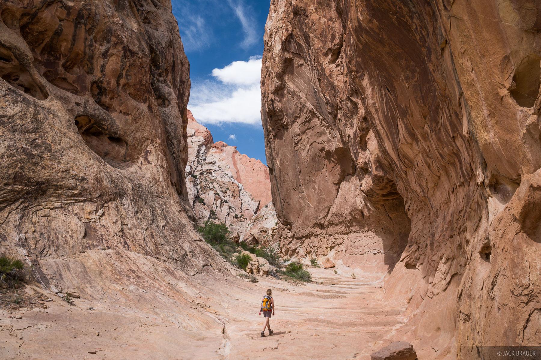 Little Spotted Wolf Canyon, San Rafael Swell, Utah, hiking, photo