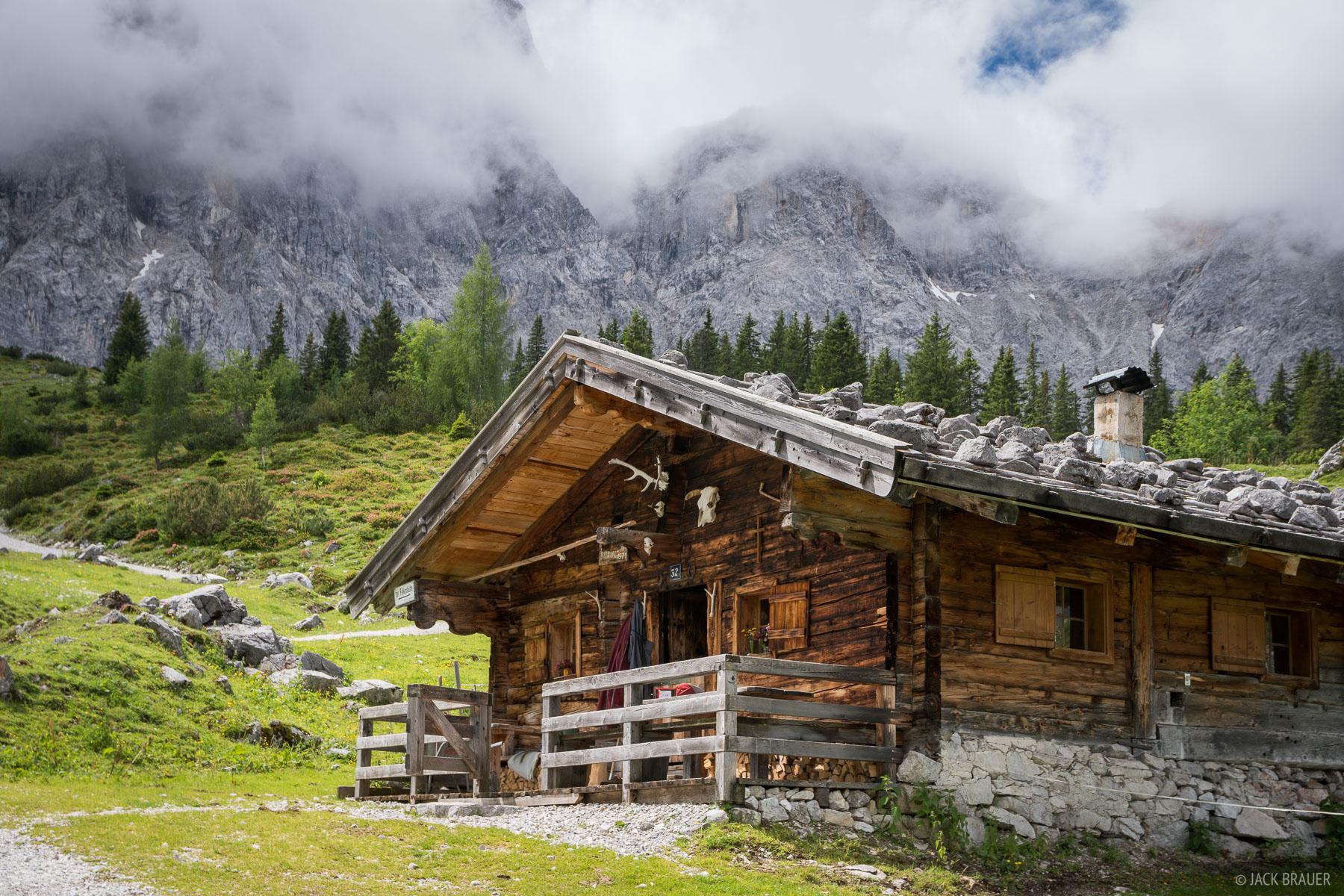 Austria, Karwendel, Ladizalm, hut, cabin, photo