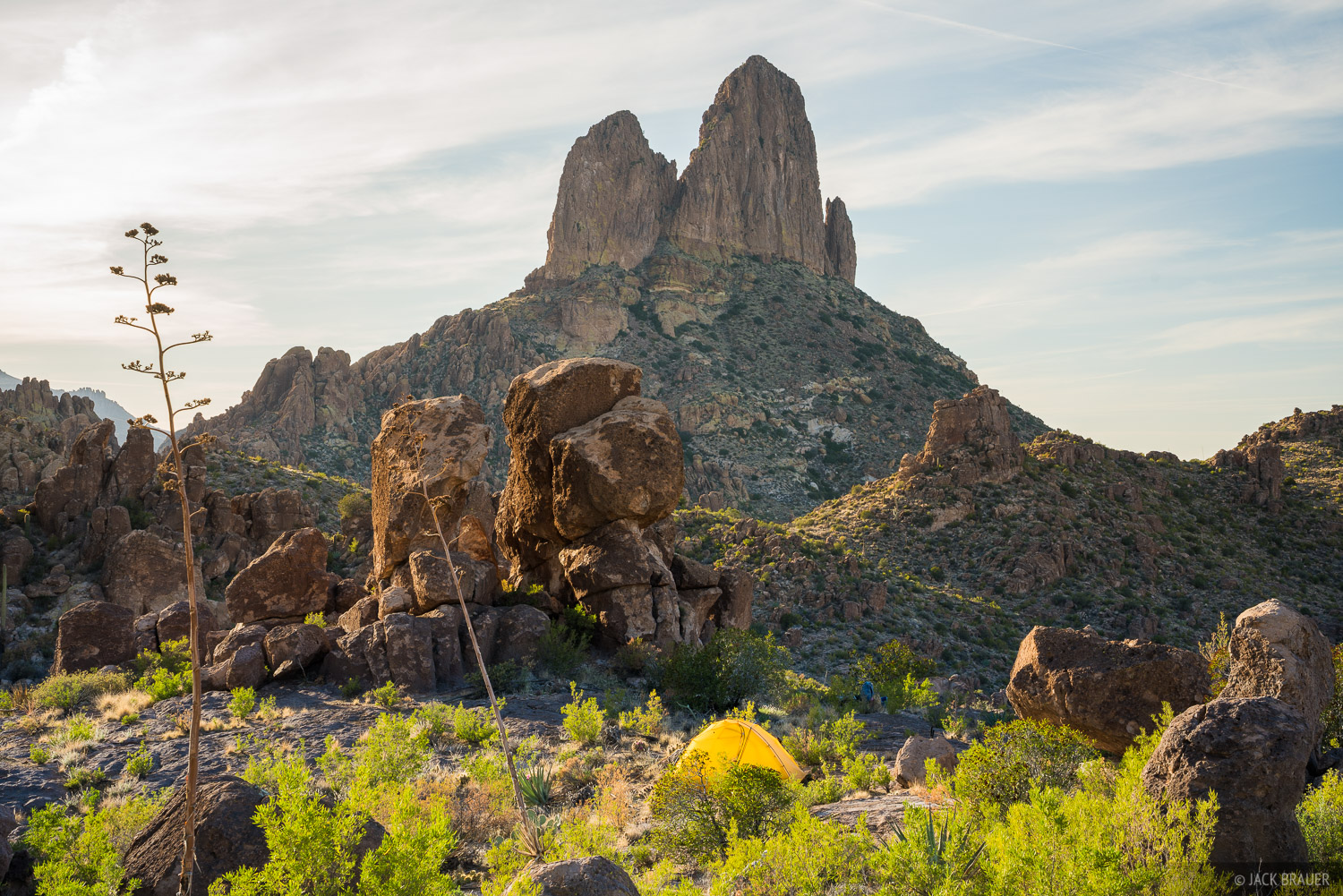 Arizona, Superstition Mountains, Superstition Wilderness, Weavers Needle, tent, photo