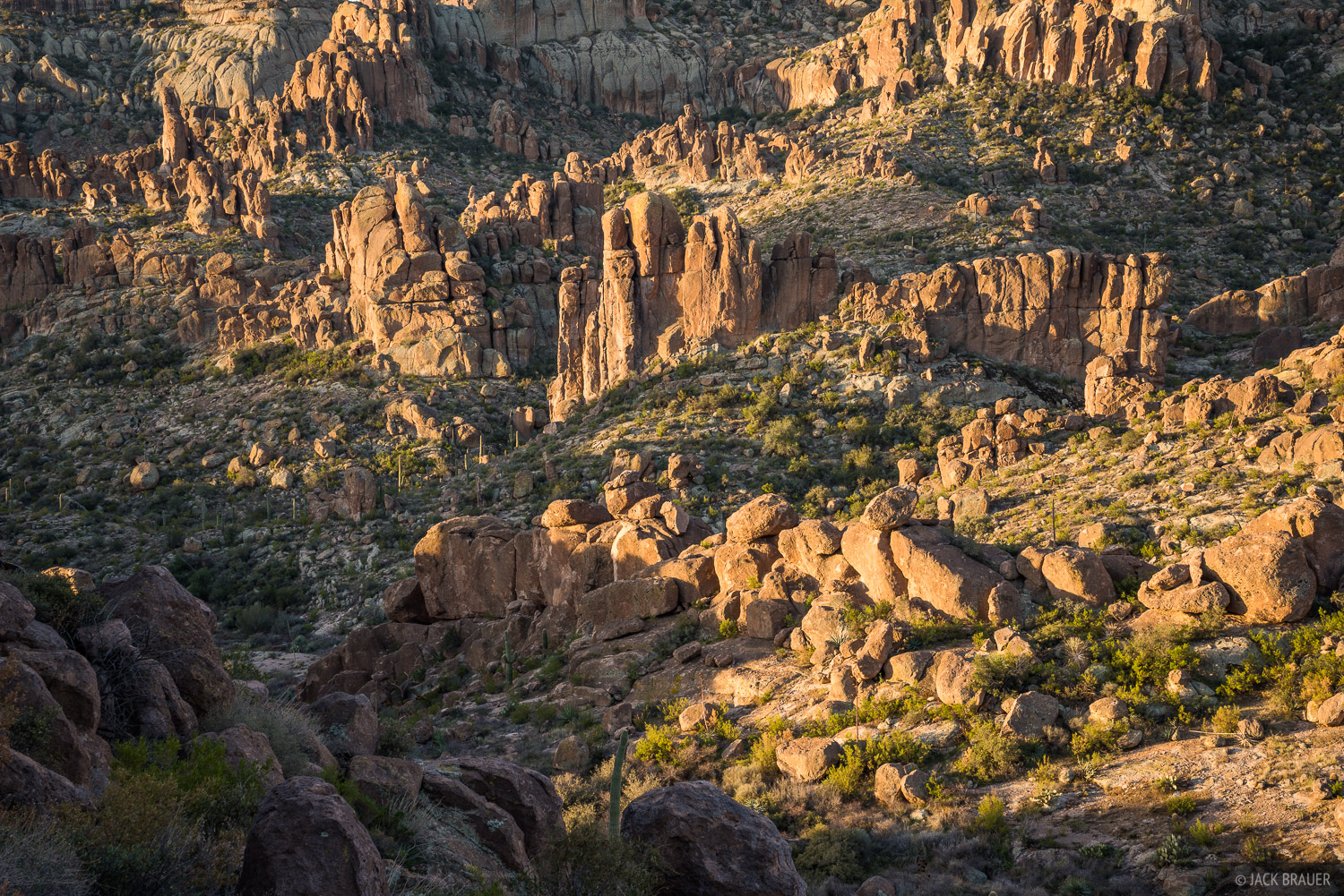 Arizona, Superstition Mountains, Superstition Wilderness, photo