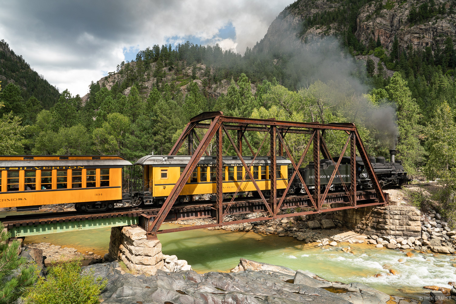 Animas River, Colorado, Needle Mountains, San Juan Mountains, Weminuche Wilderness, train, photo