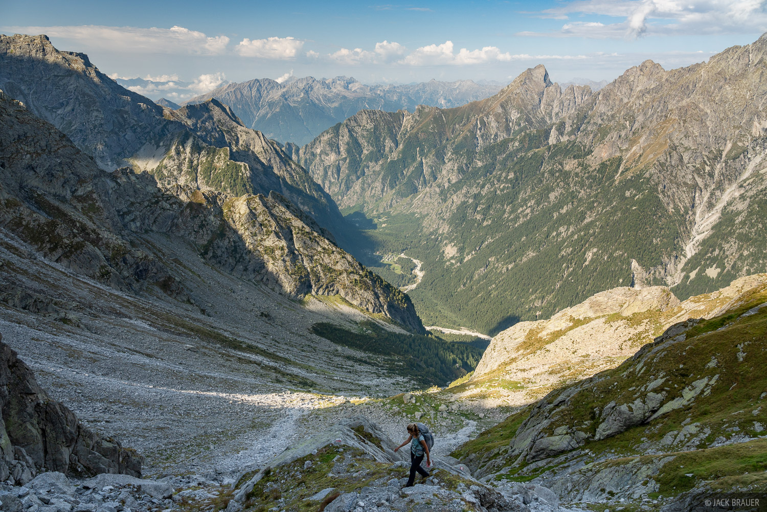 Italy, Passo del Barbacan, Rhaetian Alps, Val Codera, hiking, photo